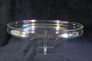N02002 – Large iridescent glass dish by Royal Leerdam, design...