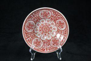 A10016 –  Rood Craquelé dish, delftware by Royal Delft
