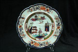 99999 – 2 Mason's Peking pattern antique ironstone plates (1825-1850)