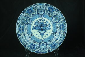99999 – A Royal Delft blue and white large charger...