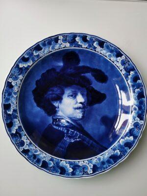 99999 – A Royal Delft large vintage Delft blue Rembrandt...